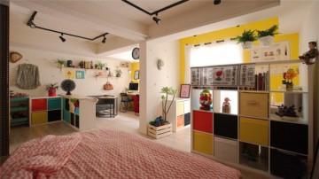 35㎡旧房改造,明亮的色调充满活力。