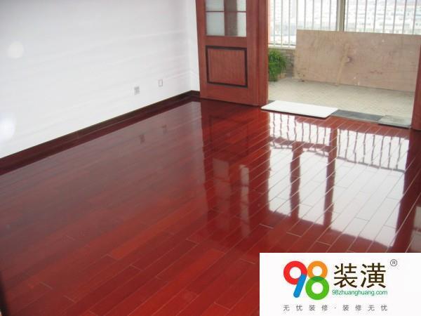 昆山实木地板翻新方法有哪些  实木地板翻新注意事项