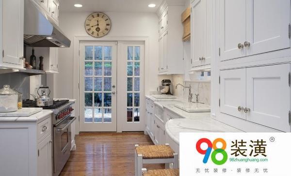 昆山厨房门装修效果图 厨房门如何选择