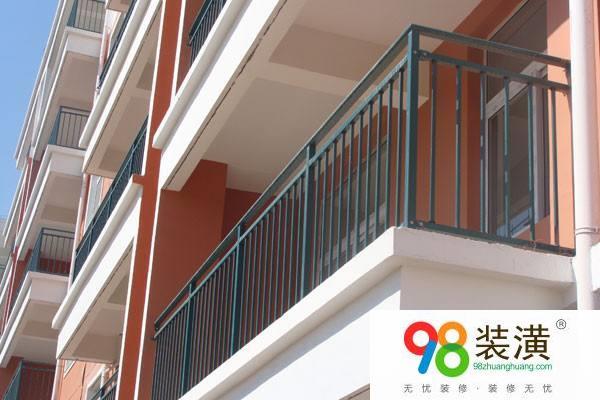 阳台装修护栏怎么做 阳台护栏厂家有哪些