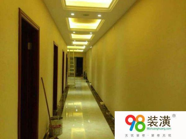 墙布贴天花板的好处有哪些 墙布的优点与缺点